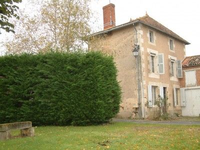 2 bed property for sale in Plaisance, Vienne, France