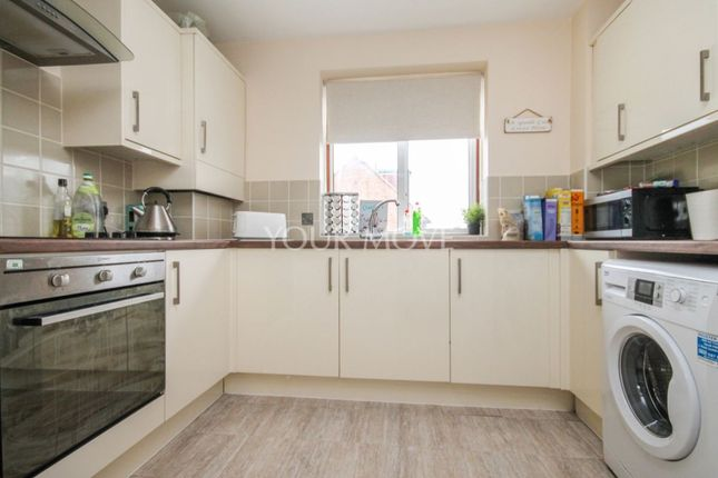 1 bed flat to rent in Diban Court Diban Avenue, Hornchurch RM12