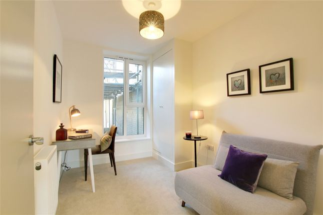 Picture No. 17 of Apartment 1, 3 Lennox Road, Worthing, West Sussex BN11