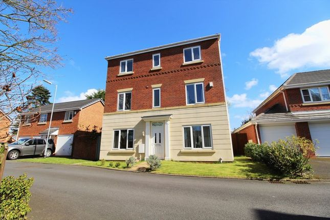 Thumbnail Detached house for sale in Manor Court, Longton, Preston