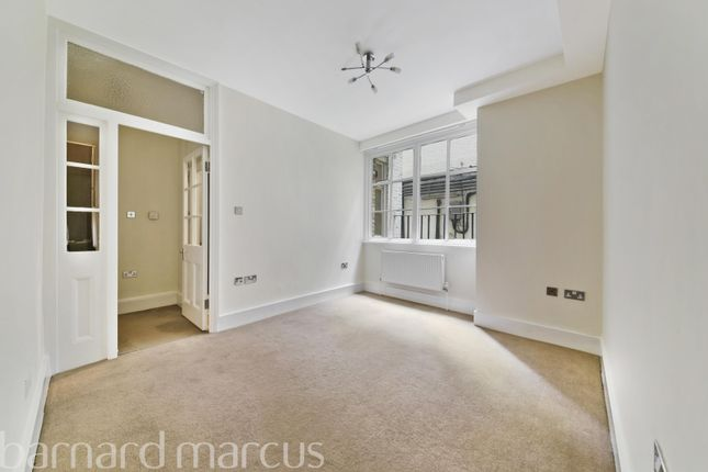Thumbnail Flat to rent in Bickenhall Mansions, Marylebone