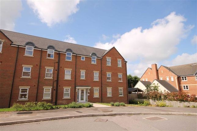 Thumbnail Flat to rent in Cloatley Crescent, Royal Wootton Bassett, Wiltshire