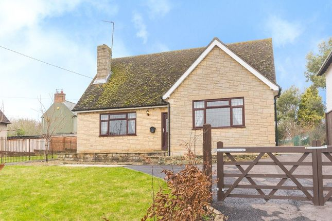 Thumbnail Bungalow to rent in Denton Hill, Cuddesdon, Oxford