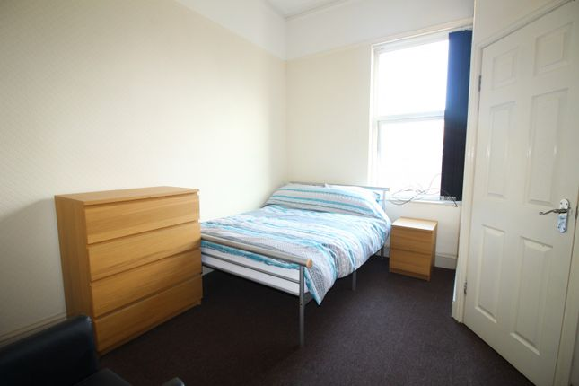 Thumbnail Room to rent in Neville Road, Waterloo, Liverpool