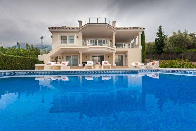 6 bed villa for sale in Spain, Málaga, Istán