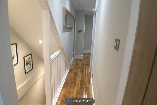 Upstairs Hallway of Burns St, Nottingham NG7
