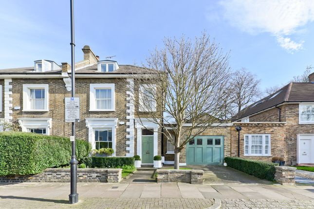 Thumbnail Semi-detached house for sale in Grange Grove, London