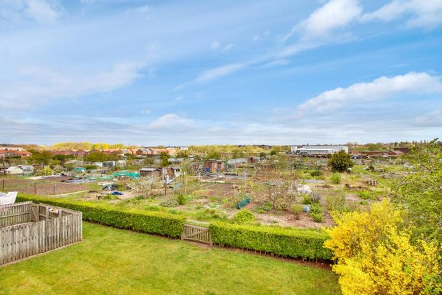Thumbnail Flat for sale in Sandacre Court, York