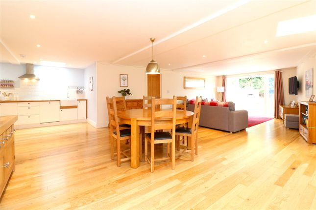 Thumbnail Detached bungalow for sale in Hempstead Road, Kings Langley