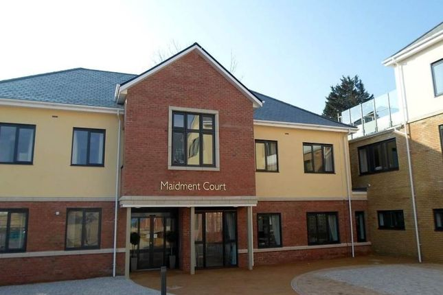 Thumbnail Property to rent in Parkstone Road, Parkstone, Poole