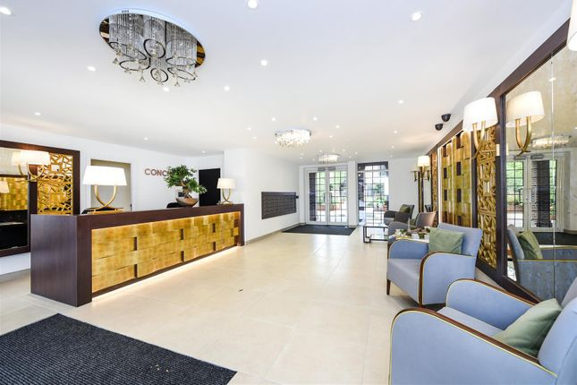 Thumbnail Property to rent in Hampstead Reach, Chandos Way