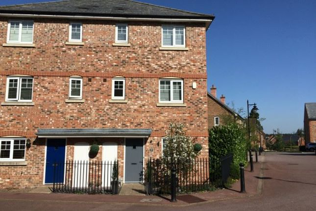 Thumbnail Town house to rent in The West Hundreds, Fleet
