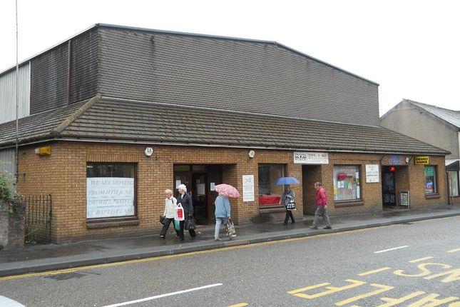 Retail premises to let in 18 Wind Street, Ammanford