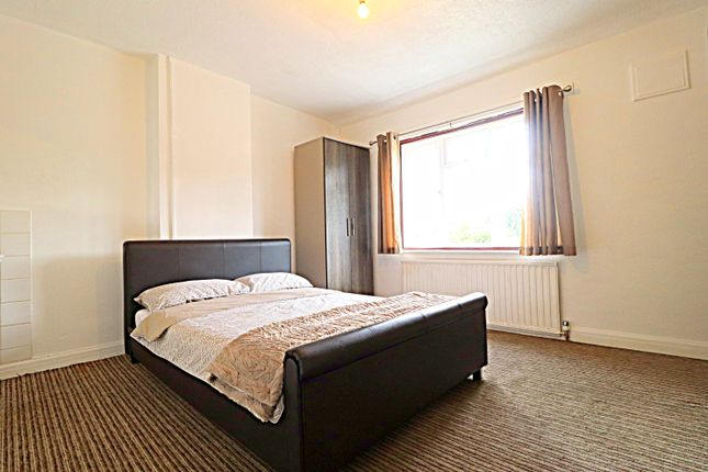 Thumbnail Room to rent in Eugster Avenue, Kempston, Bedford