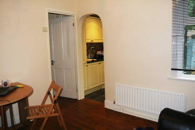Lounge of Leavesden Road, Watford WD24