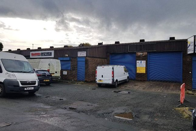 Retail premises to let in Hunter Road, Rutherglen, Glasgow