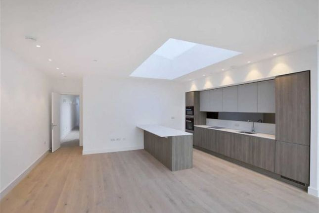 Thumbnail Flat to rent in 68/80 Hanbury Street, Shoreditch, London