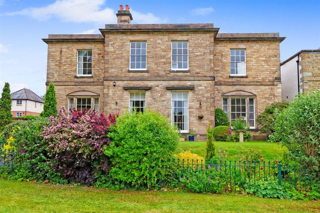 Thumbnail Flat for sale in Woodmere Drive, Old Whittington, Chesterfield, Derbyshire