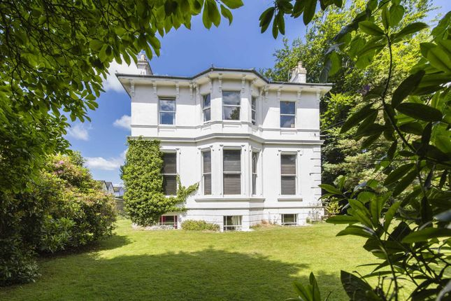 Thumbnail Flat for sale in Park Road, Southborough, Tunbridge Wells