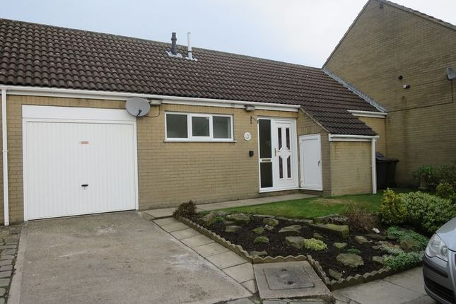 Thumbnail Bungalow to rent in Woodcross Fold, Morley, Leeds