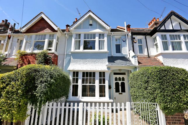 Thumbnail Property for sale in Riverview Grove, London