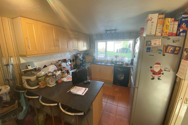 Kitchen 2 of Ely Close, Birmingham B37