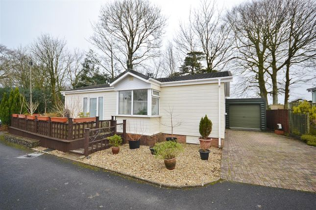 Thumbnail Mobile/park home for sale in Cedar Vale Park Homes, Croesyceiliog, Carmarthen