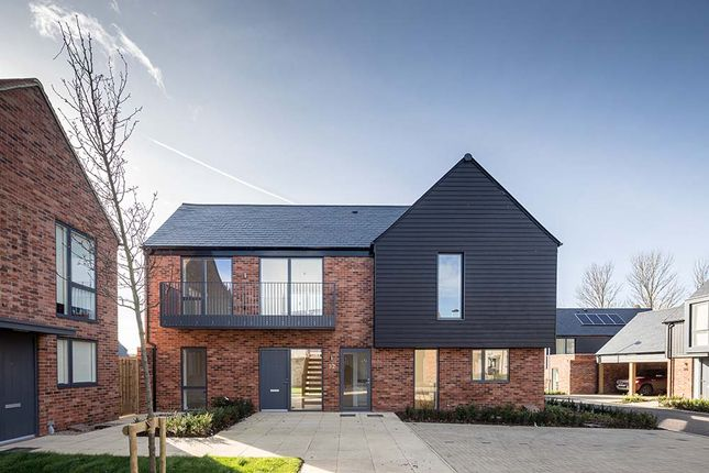 Thumbnail Detached house for sale in Channels Drive, Chelmsford