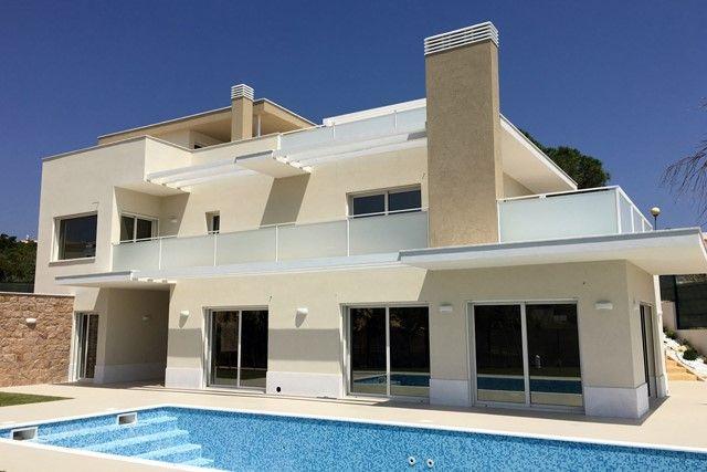Thumbnail Villa for sale in Portugal, Algarve, Armacao De Pera