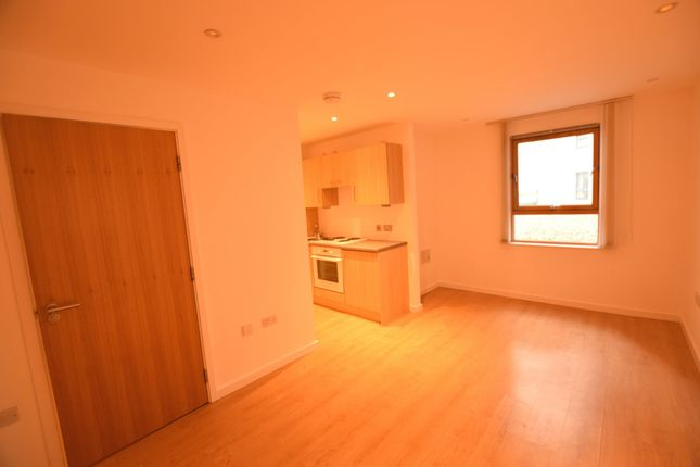 Thumbnail Studio to rent in Marsh Lane, Leeds