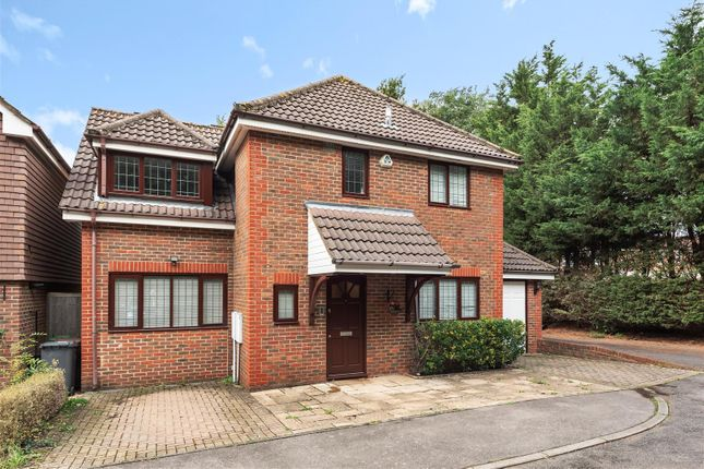 Thumbnail Detached house for sale in Malvern Close, Bushey