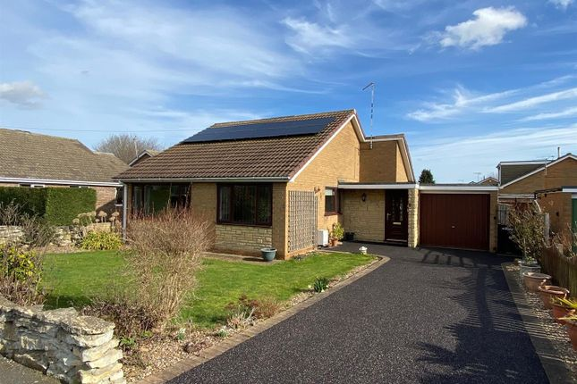 3 bed detached bungalow for sale in Russell Road, Leasingham, Sleaford NG34