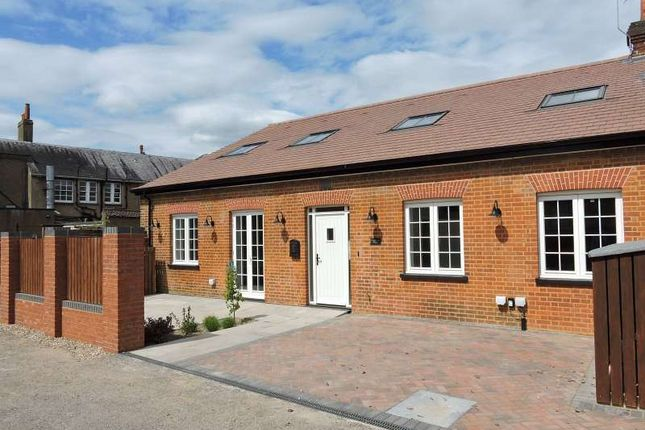 Thumbnail Cottage for sale in Beech Avenue, Effingham, Leatherhead