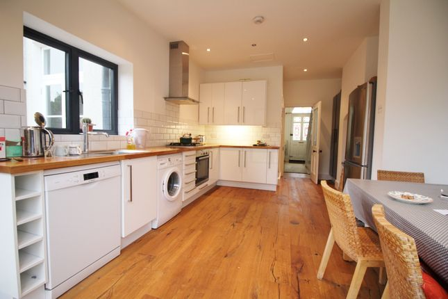 Thumbnail End terrace house to rent in Baring Road, London