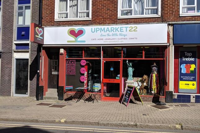 Thumbnail Retail premises to let in Church Road, Burgess Hill, West Sussex