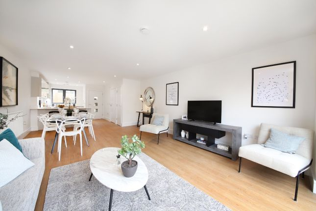 Thumbnail Property for sale in Knowland Mews, Thornton Heath