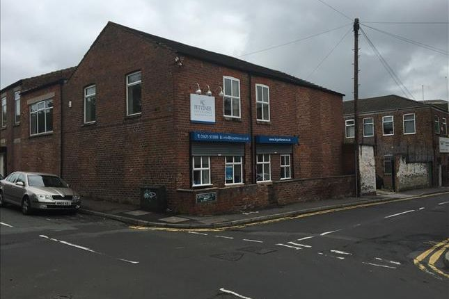 Thumbnail Office to let in First Floor Brookside House, Union Street, Macclesfield