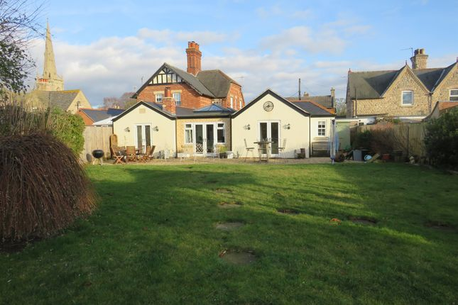 Thumbnail Semi-detached house for sale in London Road, Silk Willoughby, Sleaford
