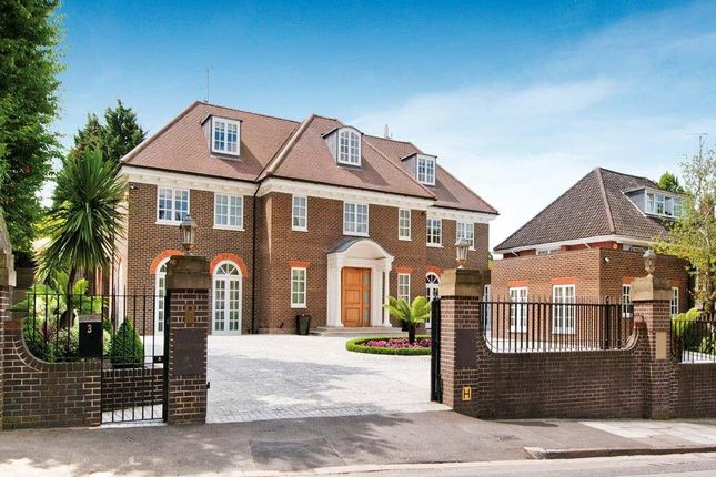 Thumbnail Detached house for sale in Byron Drive, Hampstead Garden Suburb, London