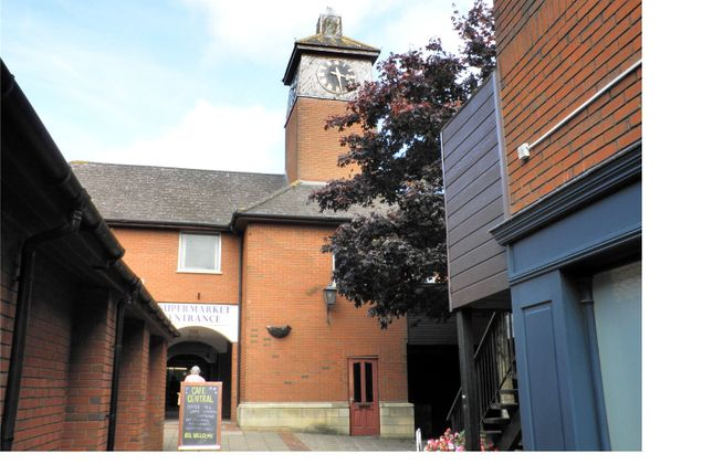 Thumbnail Office to let in The Camelot Centre, Wincanton, Somerset