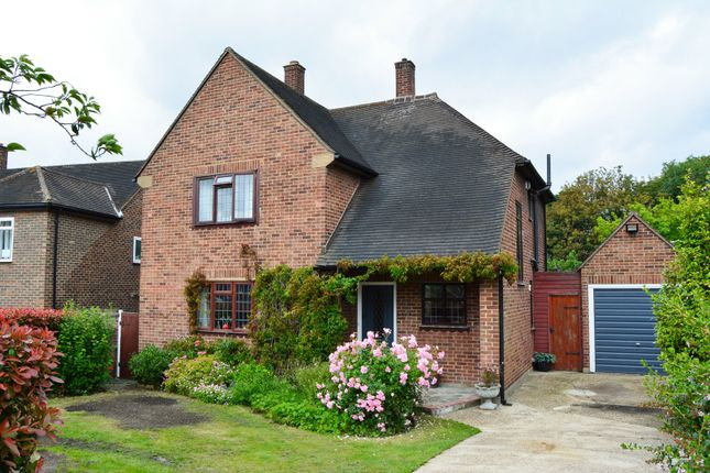 Thumbnail Detached house for sale in Kings Orchard, London
