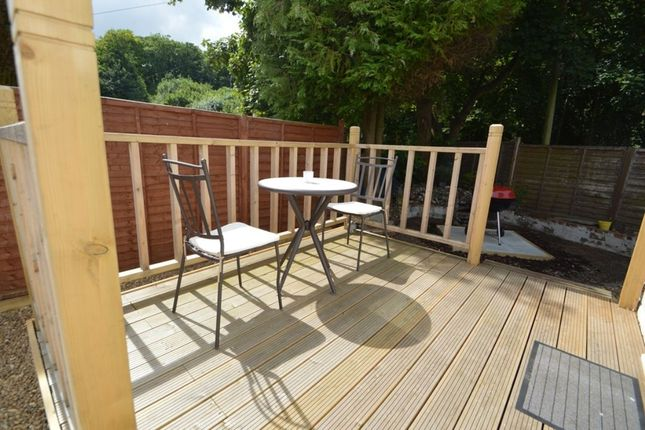 Mobile Home Park Rayners Avenue Loudwater High Wycombe HP10 3 Bedroom Bungalow For Sale