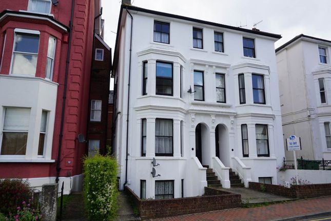1 bed flat to rent in Mount Sion, Tunbridge Wells, Kent TN1