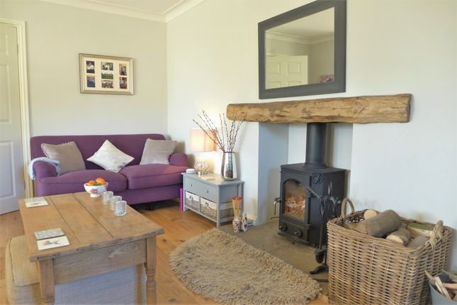 Thumbnail Cottage for sale in Norton Le Clay, York