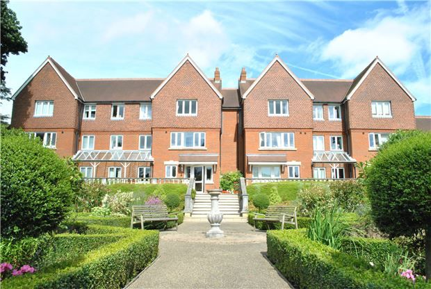 1 bed flat for sale in Chartwell Lodge, Bishops Down Road