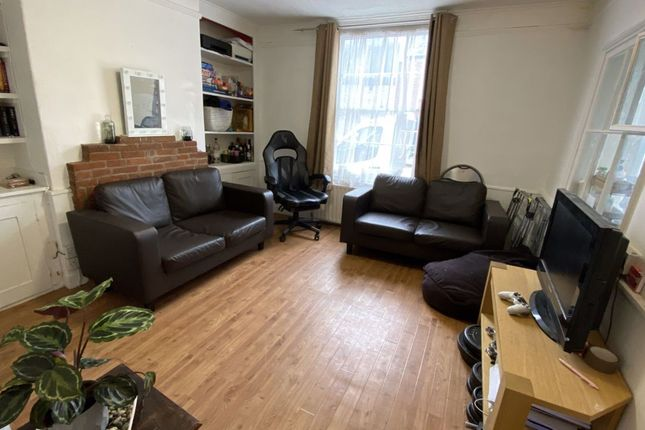 Thumbnail Property to rent in Broad Street, Canterbury