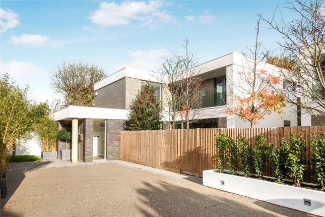 Thumbnail Detached house for sale in Konstanz Close, East Sheen