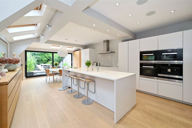 Thumbnail Terraced house for sale in Sedlescombe Road, London