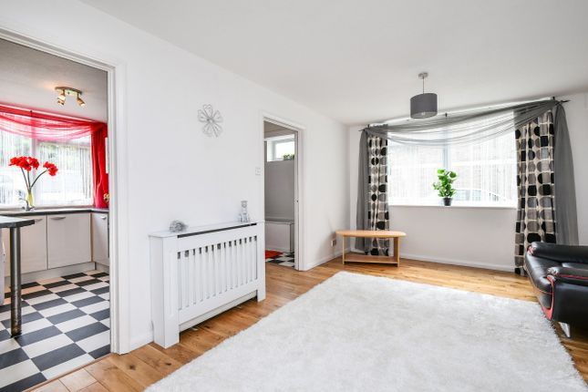 Thumbnail Flat for sale in West Park, London