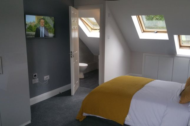 Thumbnail Semi-detached house to rent in Havelock Road, Luton